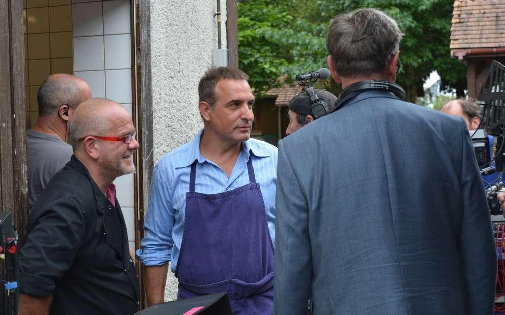 I feel good jean dujardin chez gustave kervern et beno t for Jean dujardin 2017