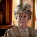 critique downton abbey film